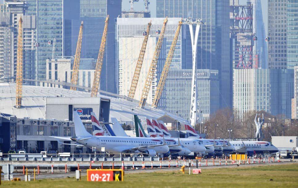 خبرنگاران پروازهای فرودگاه لندن سیتی بر اثر کرونا متوقف شد